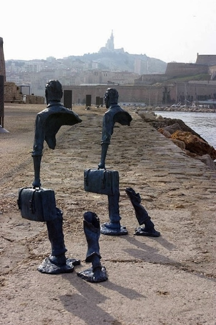 Intriguing sculptures by Bruno Catalano