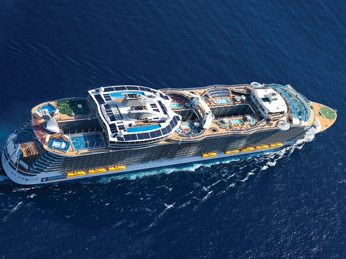 """""""The world's most luxurious cruises - oasis"""" Luxury experiences: The World's Most Luxurious Cruises Luxury experiences: The World's Most Luxurious Cruises oasis"""