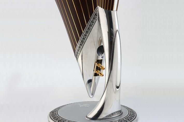 5 A diamond speaker, can you imagine?   A diamond speaker, can you imagine?   53
