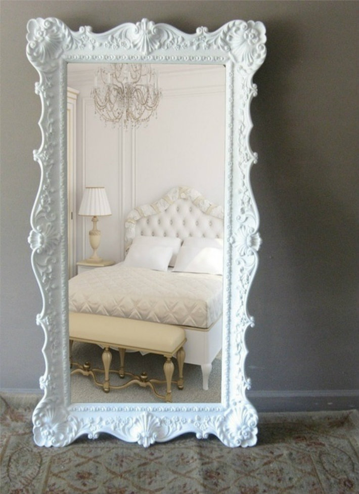 10 oversized mirrors worth a second look