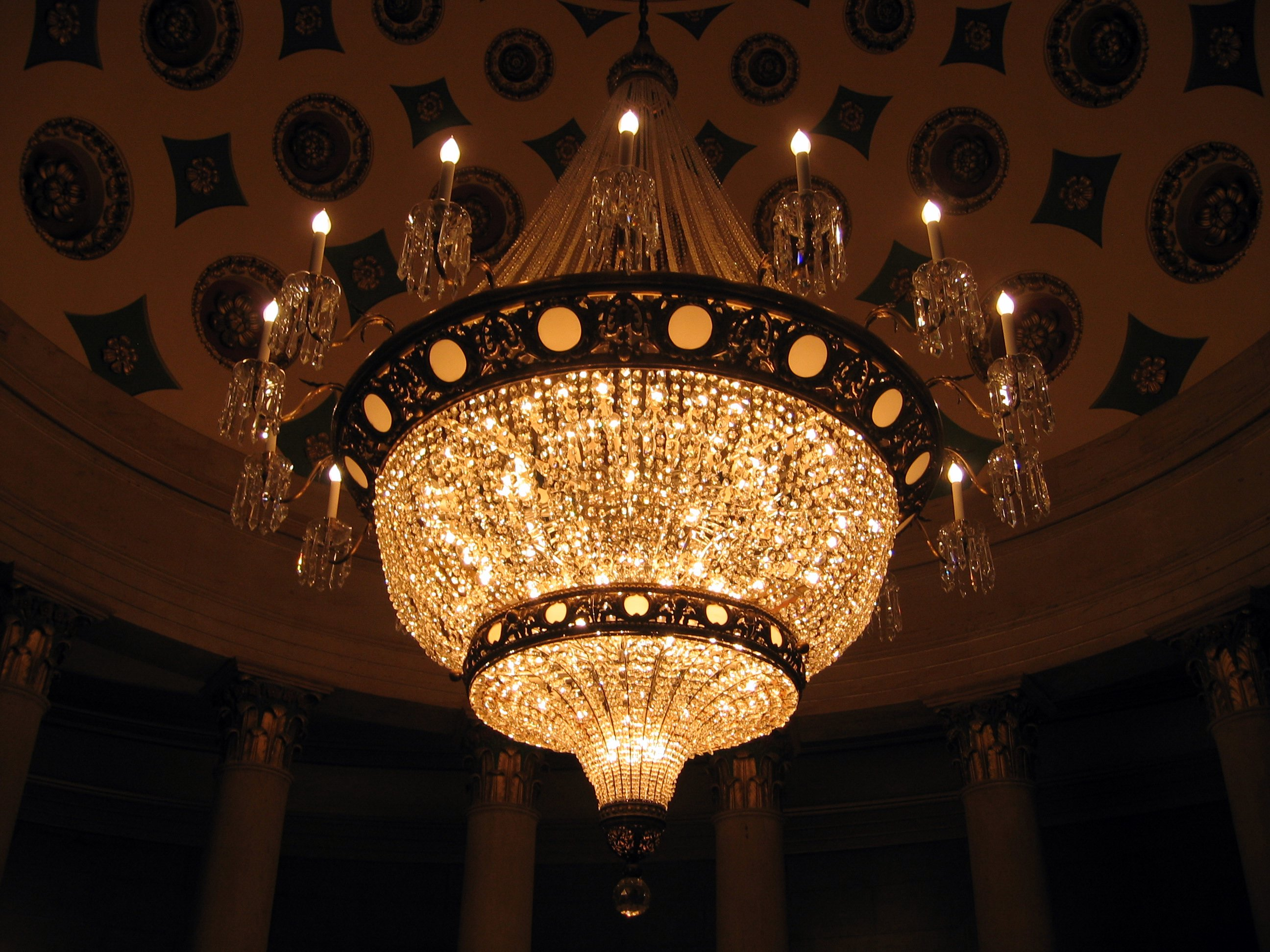 Top 10 Most Expensive Chandeliers In The World expensive chandeliers Top 10 Most Expensive Chandeliers In The World Chandelier in US Capitol Building