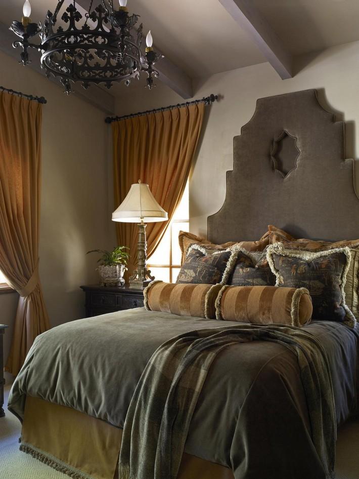 DP_beasley-gray-beige-guest-bedroom_s3x4.jpg.rend.hgtvcom.1280.1707 Top 10 luxury headboards Top 10 luxury headboards DP beasley gray beige guest bedroom s