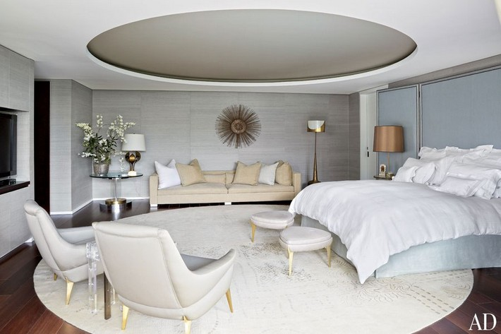 Ideas-to-Use-Gold-Mirrors-in-Bedrooms_5 Ideas to Use Gold Mirrors in Bedrooms Ideas to Use Gold Mirrors in Bedrooms Ideas to Use Gold Mirrors in Bedrooms 5