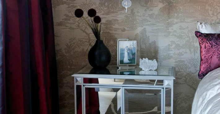 The Best Mirrored Nightstands in the World The Best Mirrored Nightstands in the World The Best Mirrored Nightstands in the World cover8