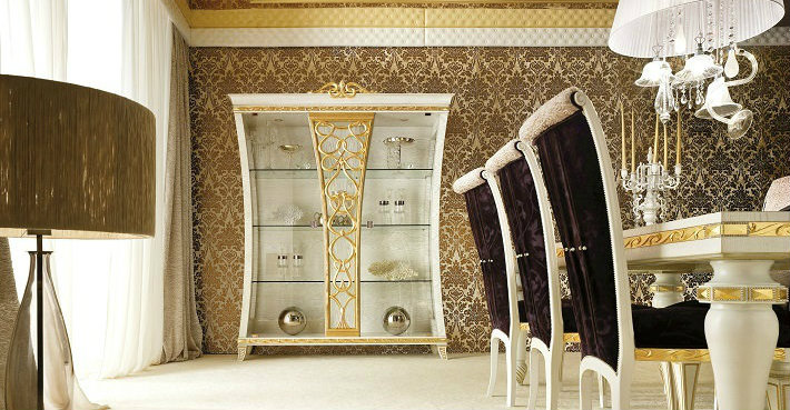The Fanciest Display Cabinets in the Universe!