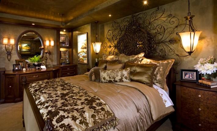 luxury-master-bedroom-suite-iron-art-headboard Top 10 luxury headboards Top 10 luxury headboards luxury master bedroom suite iron art headboard2
