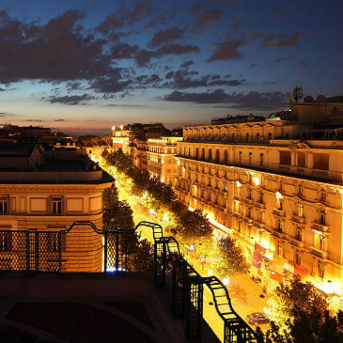 The most romantic luxury experiences - 4 The most romantic luxury experiences The most romantic luxury experiences romanpenthouseview