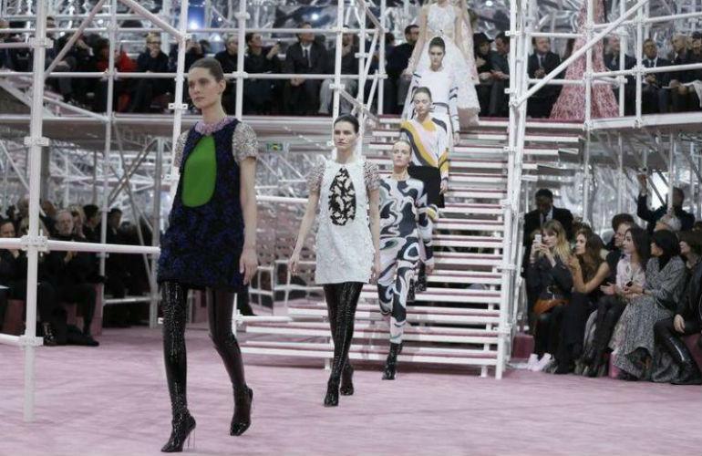christian-dior_1 Christian Dior Spring 2015 Couture Christian Dior Spring 2015 Couture christian dior 1