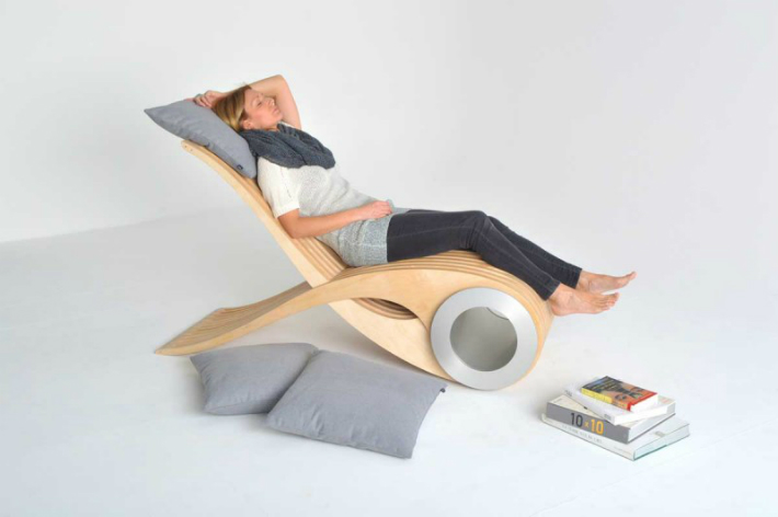 A NEW KIND OF CHAIR FOR ALL KINDS OF MOMENTS