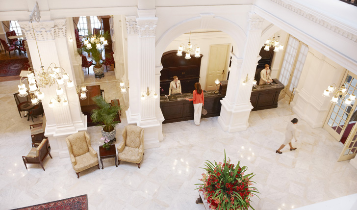 worlds-best-hotel-lobby-designs (9) hotel lobby designs Top 10 World's Best Hotel Lobby Designs worlds best hotel lobby designs 9