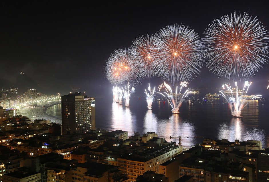 10 Best Places to Celebrate New Year's Eve places to celebrate new year's 10 Best Places to Celebrate New Year's Eve Brazil New Years Eve Cook r940x635