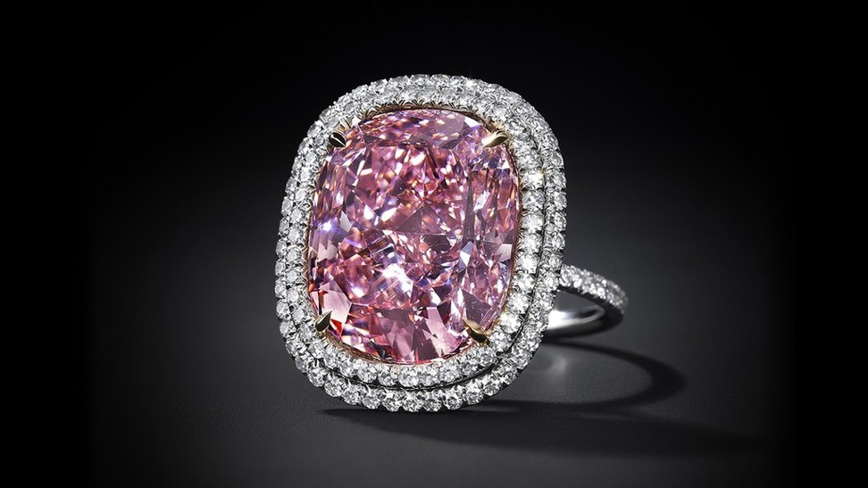expensive-jewels-sold-auction-2015 (4)