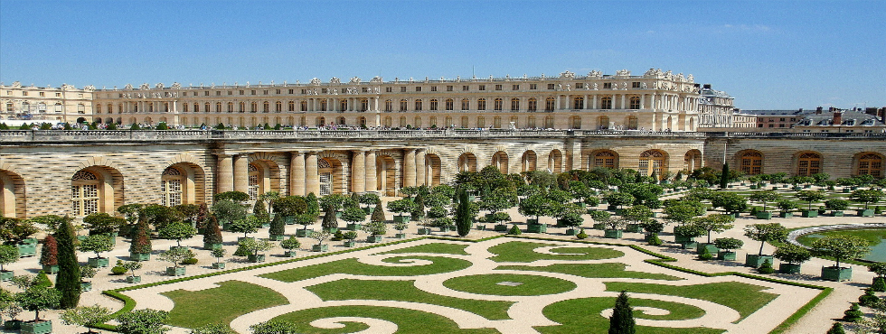 The Palace of Versailles Creates New Limited Edition Fragrance palace of versailles The Palace of Versailles Creates New Limited Edition Fragrance Palace of Versailles1