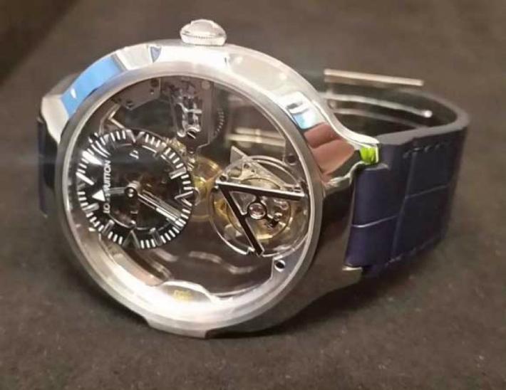 Louis Vuitton Louis Vuitton's New Poinçon de Genève Watch 2 11