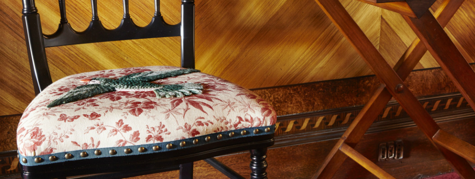 Gucci Applies Latest Fabric Motifs to Limited-Edition Chairs Gucci Gucci Applies Latest Fabric Motifs to Limited-Edition Chairs Feature 14