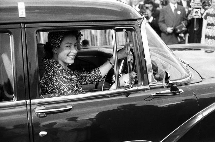 Princess Diana And Queen Elizabeth Ii S Cars Are Up For