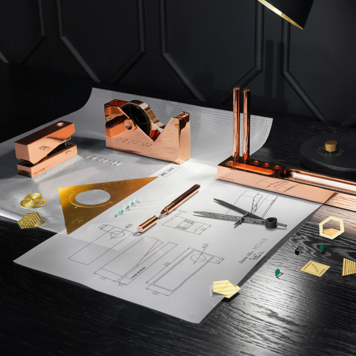 tom-dixon-accessories_dezeen_sq03 gold items Limited Edition Christmas Guide: Exclusive Gold Items Tom Dixon accessories dezeen sq03