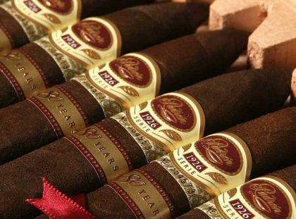 Top 10 World´s Most Expensive and Limited Edition Cigars Cigars Top 10 World´s Most Expensive and Limited Edition Cigars The Padron Serie 1026 80 years 420x311