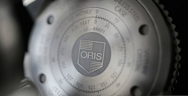 Discover the Brand New Oris Aquis Depth Gauge Limited Edition limited edition Discover the Brand New Oris Aquis Depth Gauge Limited Edition Oris Special Edition WatchTime Blue Dial Caseback Ulm 2017