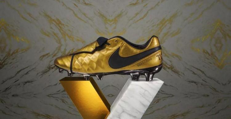 Gold Boots: Nike Francesco Totti
