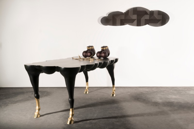 Discover the Limited Edition Mad Horse Table