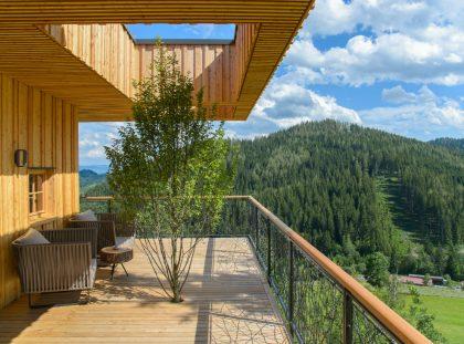 Deluxe Mountain Chalets Designed by Viereck Architekten