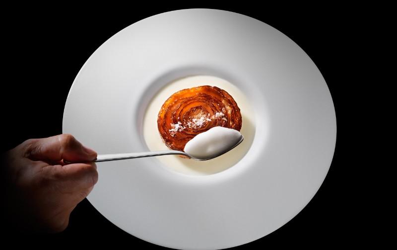 top restaurants Top Restaurants in Milan to Visit During Salone del Mobile cipollacaramellataheader 1