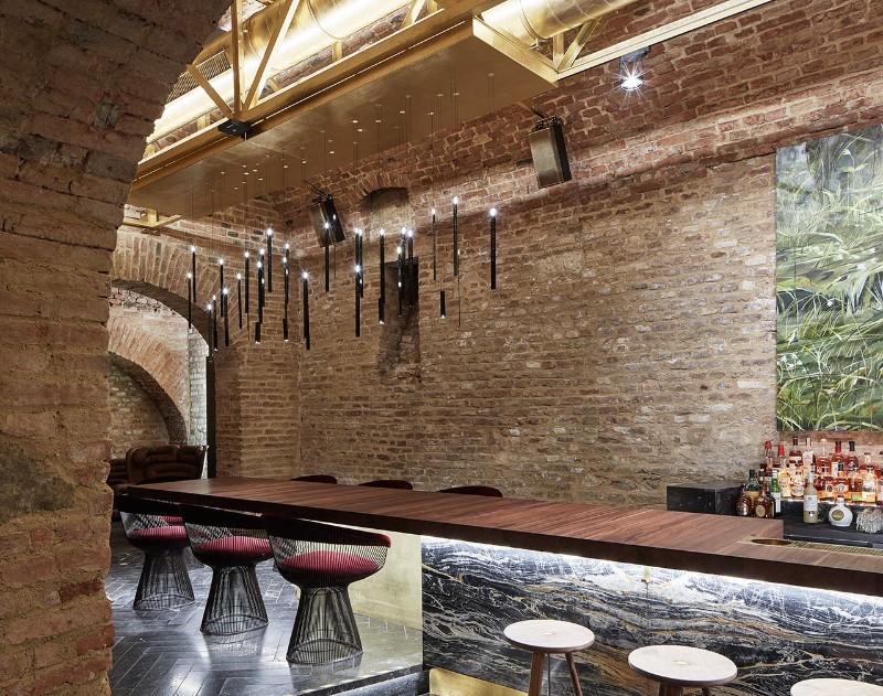 luxury interiors Luxury Interiors – Glamorous Krypt Bar in Vienna f5 krypt bar vienna austria buro klk photo david schreyer yatzer