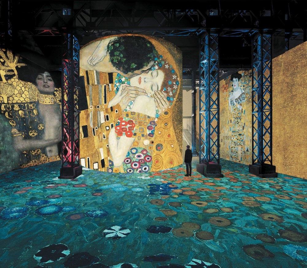 atelier des lumières Atelier des Lumières Marks Opening with Gustav Klimt Atelier des Lumi  res Marks Opening with Gustav Klimt 1