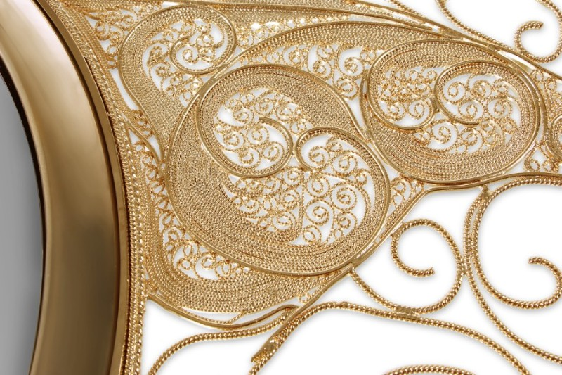 filigree Must See The Design and Craftsmanship Testimony: Filigree Jewelry Filigree Mirror by Boca do Lobo 4