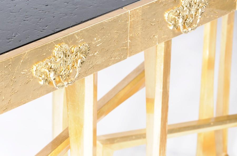 luxury furniture Luxury Furniture Behind The Scenes: The Leaf Gilding Technique metropolis 02
