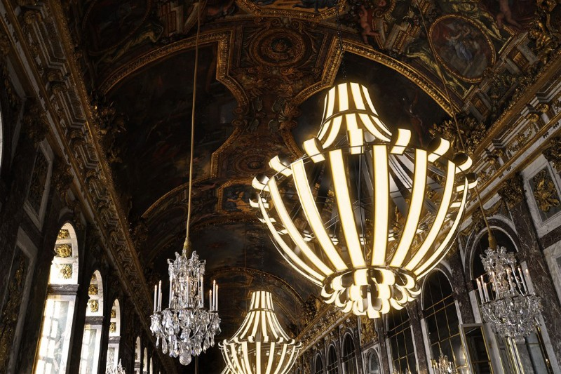 luxury chandelier Luxury Chandelier LG Oled by Alexandre Boucher Luxury Chandelier LG Oled by Alexandre Boucher 11