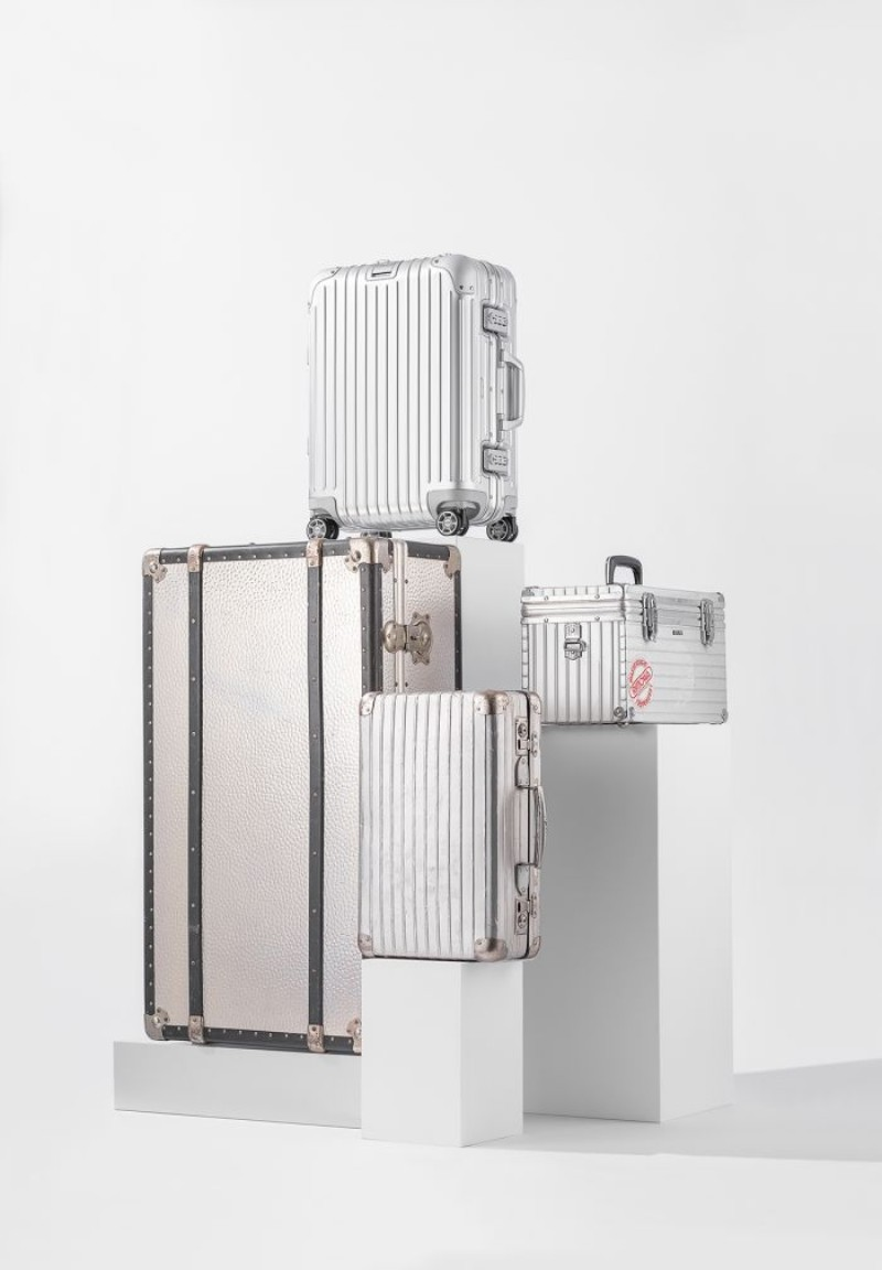 rimowa Rimowa Re-Introduces Their Iconic Aluminum Case with Karl Lagerfeld RIMOWA Re Introduces Their Iconic Aluminum Case with Karl Lagerfeld 5