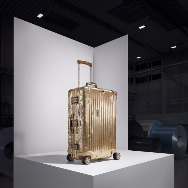 rimowa Rimowa Re-Introduces Their Iconic Aluminum Case with Karl Lagerfeld RIMOWA Re Introduces Their Iconic Aluminum Case with Karl Lagerfeld 6