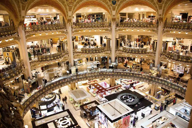 Meet The Best French Luxury Stores and Be Exclusive in Paris luxury stores Meet The Best French Luxury Stores and Be Exclusive in Paris Meet The Best French Luxury Stores and Be Exclusive in Paris 3