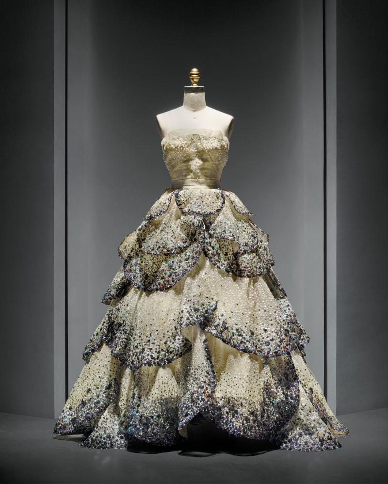 V&A Exhibition Highlights - Christian Dior, The Designer of Dreams