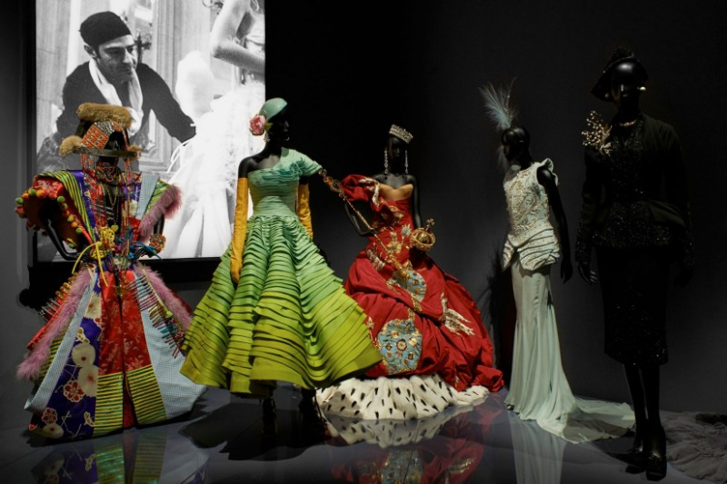 V&A Exhibition Highlights - Christian Dior, The Designer of Dreams Christian Dior V&A Exhibition Highlights – Christian Dior, The Designer of Dreams VA Exhibition Highlights Christian Dior The Designer of Dreams 2