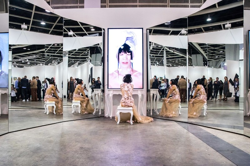 art basel hong kong 2019 Art Basel Hong Kong 2019: All About This Design Event Art Basel Hong Kong 2019 All About This Design Event 5