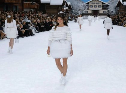 See How It Was The Stunning Karl Lagerfeld's Final Chanel Show Chanel Show See How It Was The Stunning Karl Lagerfeld's Final Chanel Show chanel final show feat 420x311