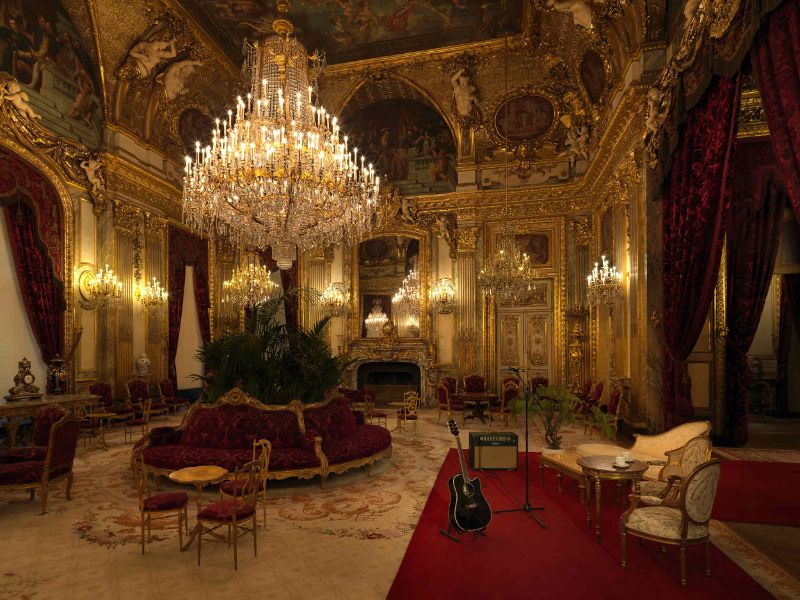 Luxury Experience – Spend a Night In The Louvre Museum (6) luxury experience Luxury Experience – Spend a Night In The Louvre Museum Luxury Experience     Spend a Night In The Louvre Museum 6