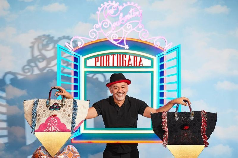 Louboutin Launches Portugaba – A New Bag Made in Portugal (7) louboutin Louboutin Launches Portugaba – A New Bag Made in Portugal Louboutin Launches Portugaba     A New Bag Made in Portugal 7