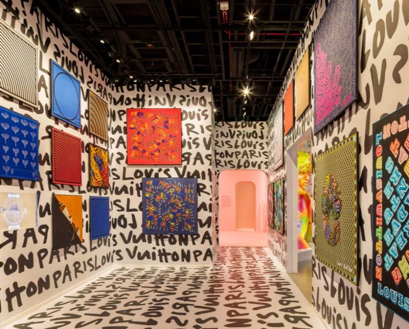 Louis Vuitton Debuts Vibrant Exhibition - Celebration of Its 160 Years louis vuitton Louis Vuitton Debuts Vibrant Exhibition – Celebration of Its 160 Years Louis Vuitton Debuts Vibrant Exhibition 4 14