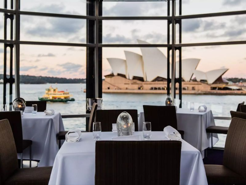 Luxury Restaurants To Try On Your Exclusive Summer Vacation Quay-Sydney-Harbour luxury restaurant Luxury Restaurants To Try On Your Exclusive Summer Vacation Luxury Restaurants To Try On Your Exclusive Summer Vacation Quay Sydney Harbour