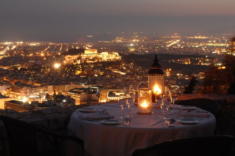 Luxury Restaurants To Try On Your Exclusive Summer Vacation greece luxury restaurant Luxury Restaurants To Try On Your Exclusive Summer Vacation Luxury Restaurants To Try On Your Exclusive Summer Vacation greece